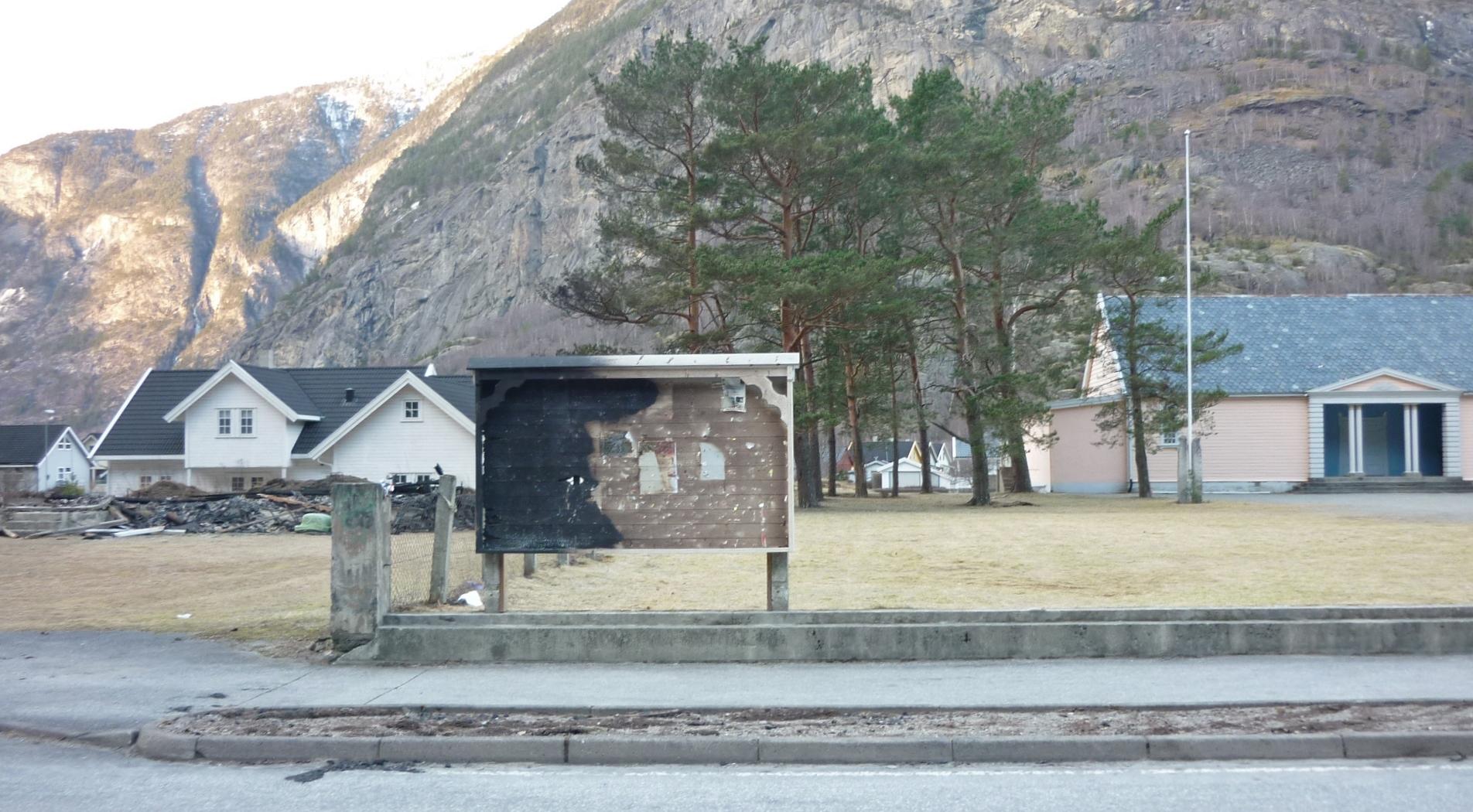 20140128 losjehuset tavle frilund etter brann